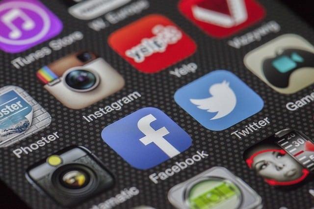 Belépés a Facebookra, leírás kezdőknek